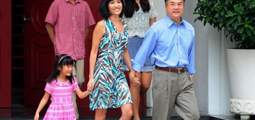 New U.S. ambassador Gary Locke and his family