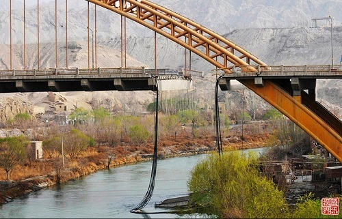 Xinjiang Korla Peacock River Bridge