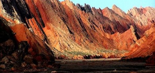 Tianshan Kuche Grand Canyon