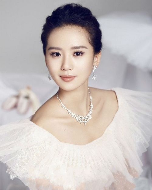 Liu Shishi Or Cecilia Liu Was Born In 1987 In Beijing With Height Of 165cm And Weight Of 44kg Liu Shishi Is A Chinese Actress And Ballerina