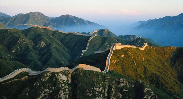 how to make a great wall of china brochure