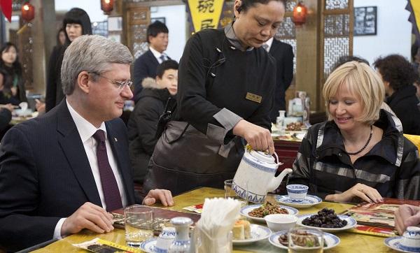 Stephen Harper in a Chinese restaurant
