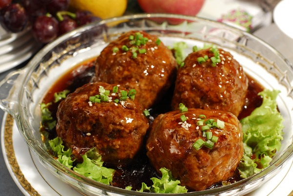 Stewed Pork Ball in Brown Sauce