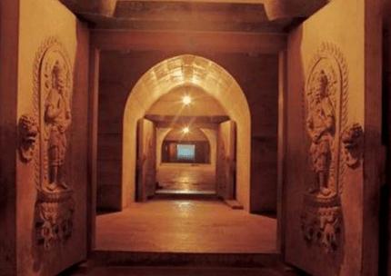 gates of tomb