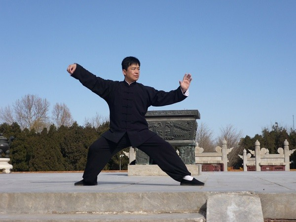 practise kung fu